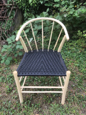 5 Spindle Back Swoop Side Chair