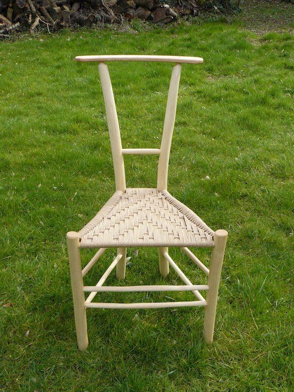 gentleman's chair single horizontal bar