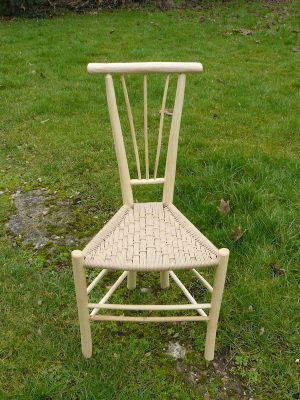 Long Tri-Spindle Gentleman's Chair