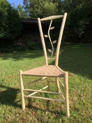 Stem & Leaf Gentleman's Chair
