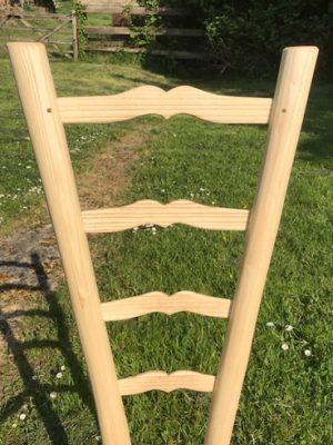 Sweetheart Ladderback Gentleman's Chair